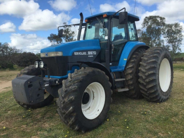 New Holland FWA/4WD