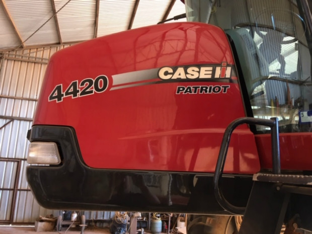 Case IH 4420 Boom Spray